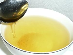 lemon honey in lemon grass tea 2